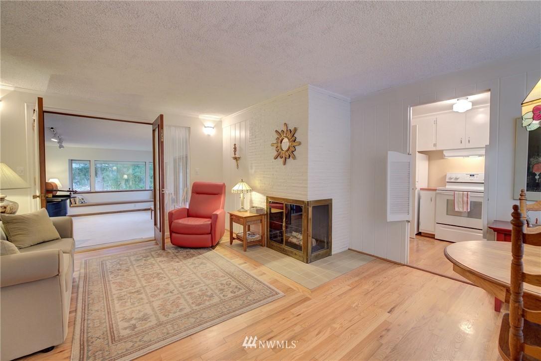 Sold Property   9726 20th Avenue NE Seattle, WA 98115 3