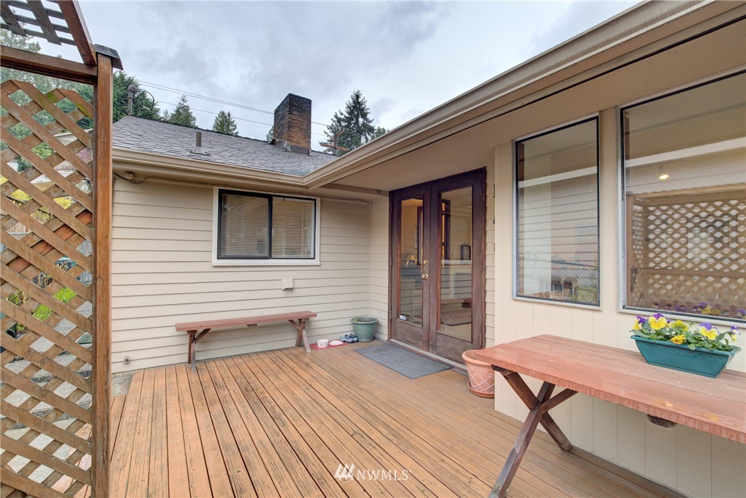 Sold Property   9726 20th Avenue NE Seattle, WA 98115 17