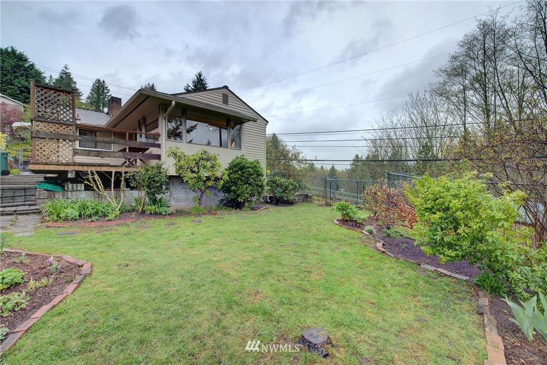 Sold Property   9726 20th Avenue NE Seattle, WA 98115 19