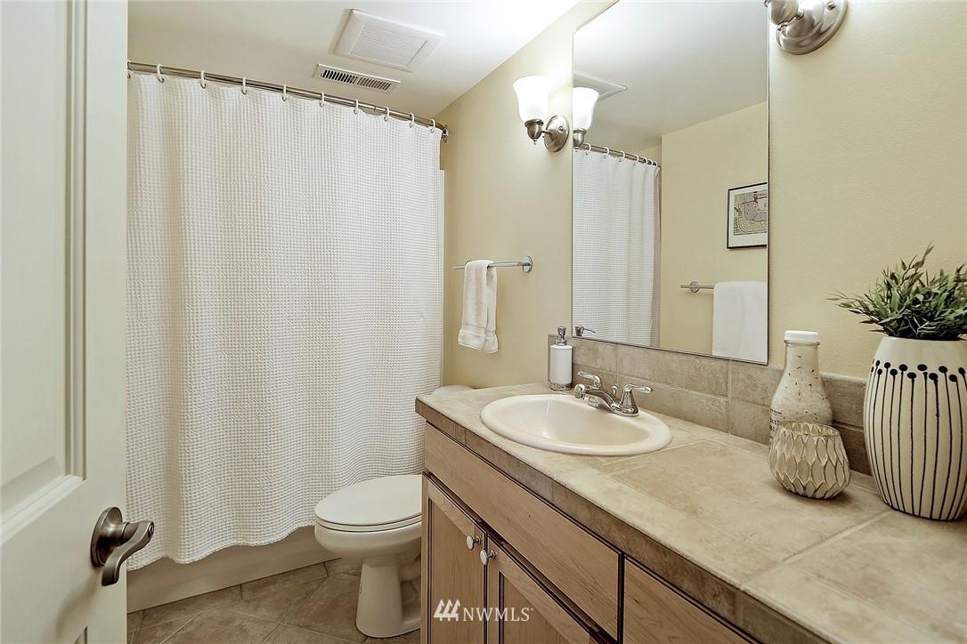 Sold Property   6509 Sunnyside Avenue N Seattle, WA 98103 14