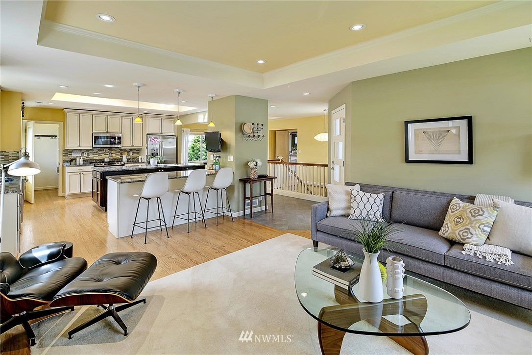 Sold Property   6509 Sunnyside Avenue N Seattle, WA 98103 4
