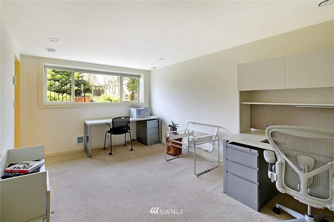 Sold Property   6509 Sunnyside Avenue N Seattle, WA 98103 16