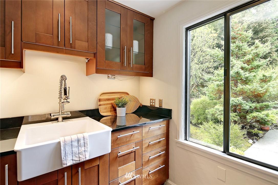 Sold Property   1743 NE 91st Street Seattle, WA 98115 6