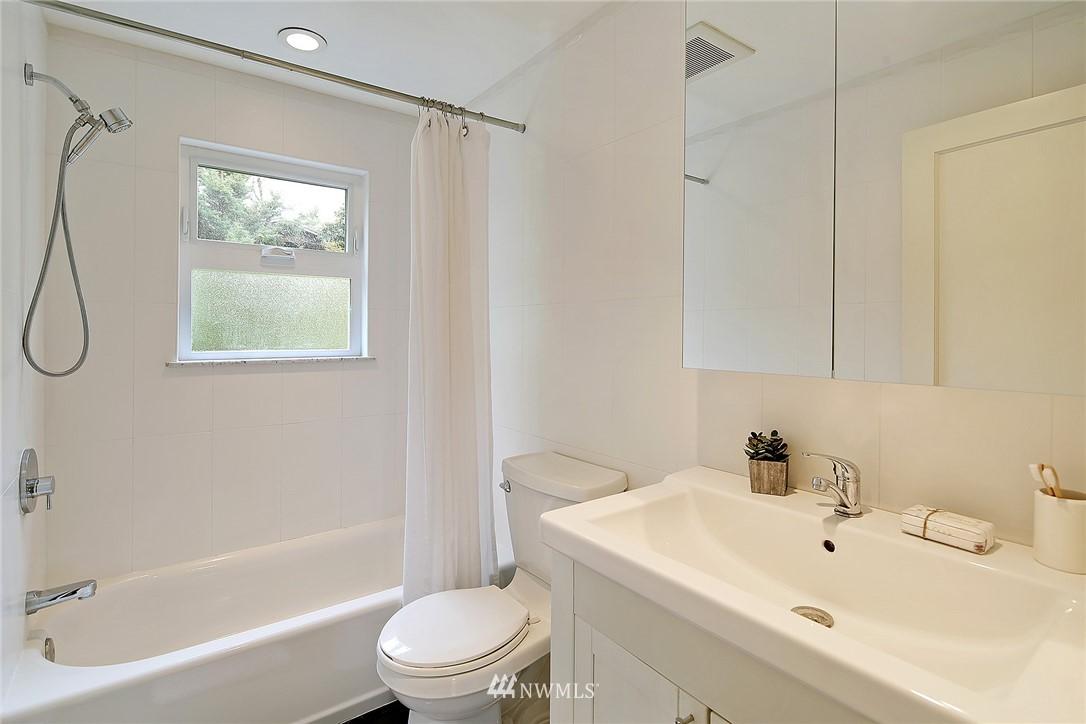Sold Property   1743 NE 91st Street Seattle, WA 98115 9