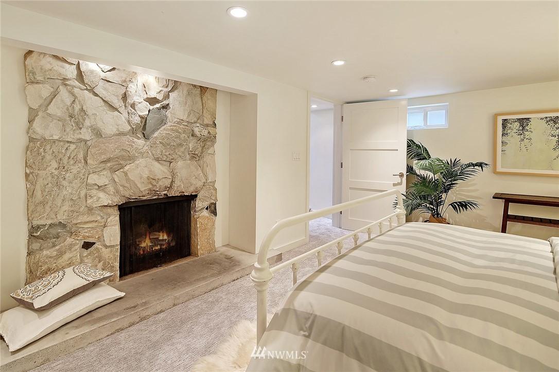 Sold Property   1743 NE 91st Street Seattle, WA 98115 11