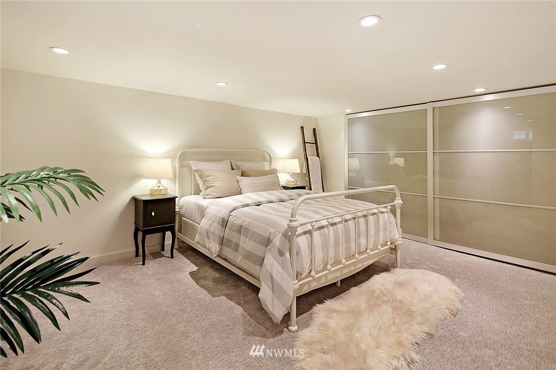 Sold Property   1743 NE 91st Street Seattle, WA 98115 12