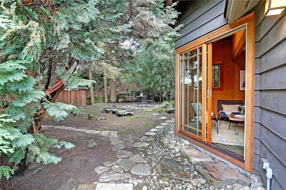 Sold Property   1743 NE 91st Street Seattle, WA 98115 15