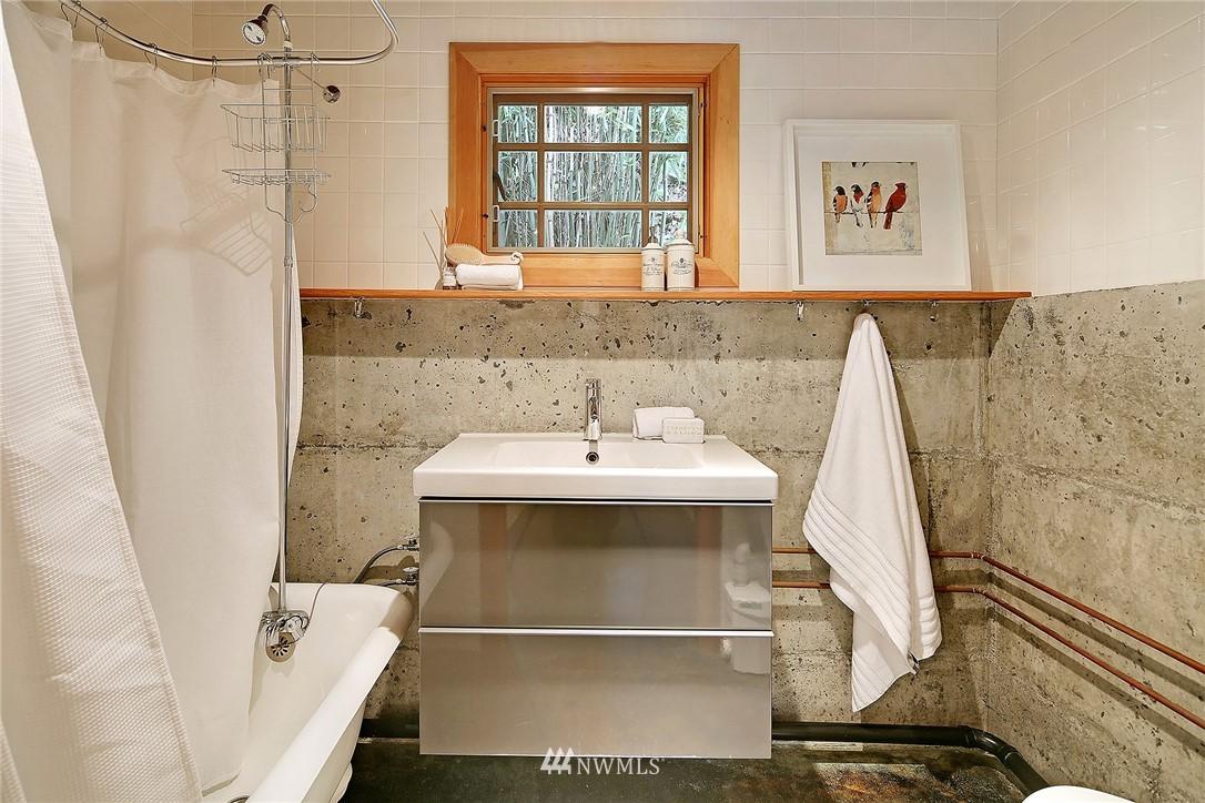 Sold Property   1743 NE 91st Street Seattle, WA 98115 18