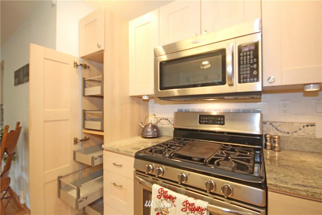 Sold Property | 1037 SW 132nd Street Burien, WA 98146 8
