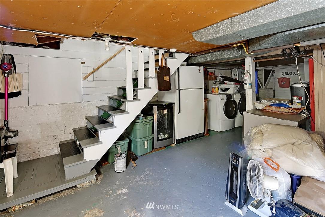 Sold Property   4515 31st Avenue W Seattle, WA 98199 19