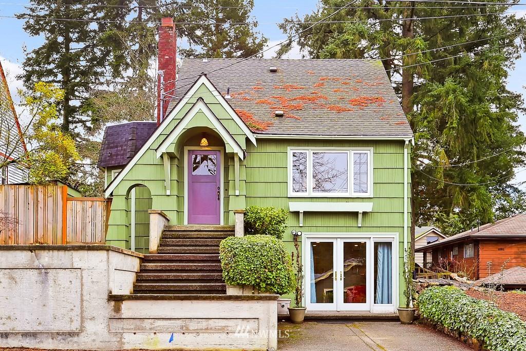 Sold Property | 835 NE 96th Street Seattle, WA 98115 0