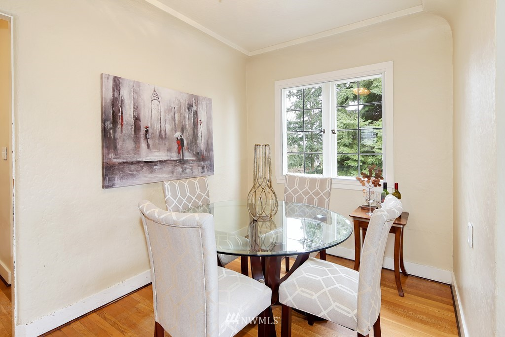 Sold Property | 835 NE 96th Street Seattle, WA 98115 4