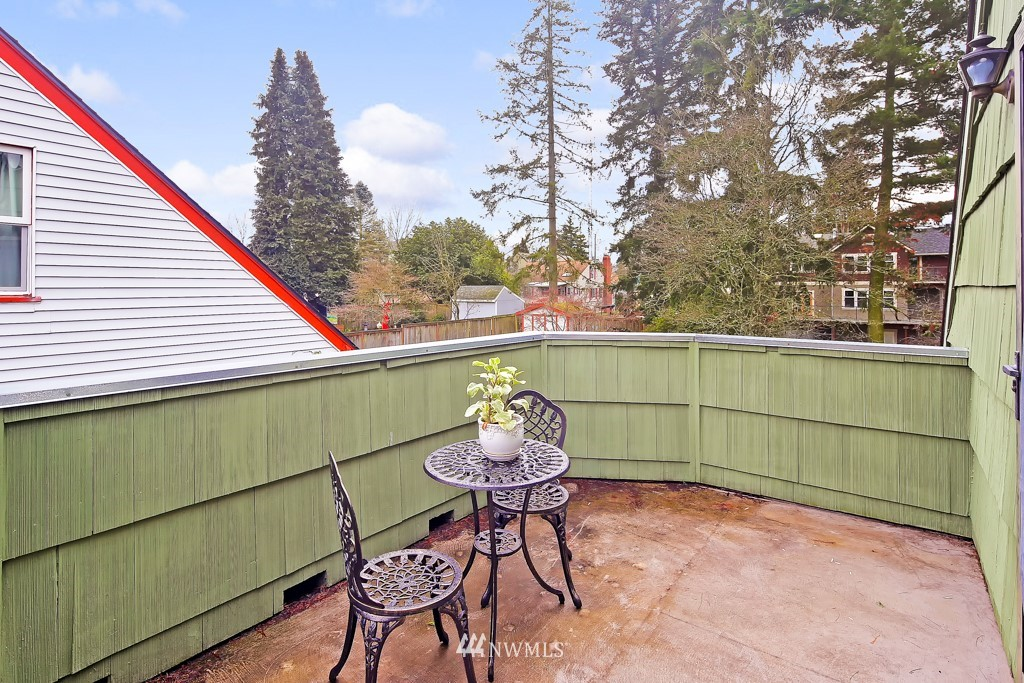 Sold Property | 835 NE 96th Street Seattle, WA 98115 14