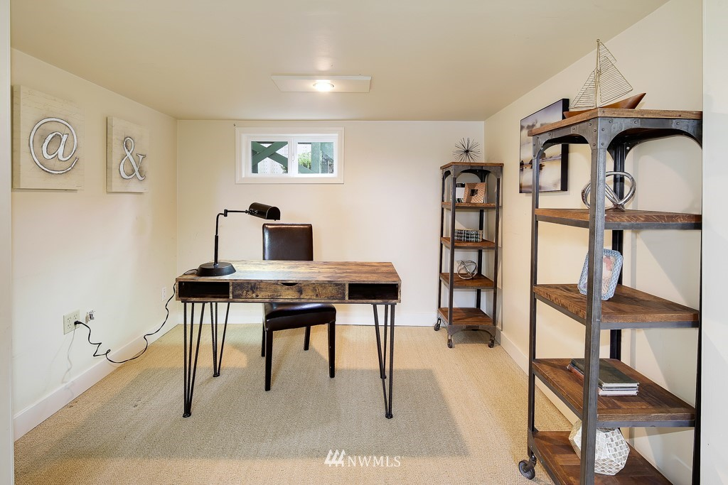 Sold Property | 835 NE 96th Street Seattle, WA 98115 16