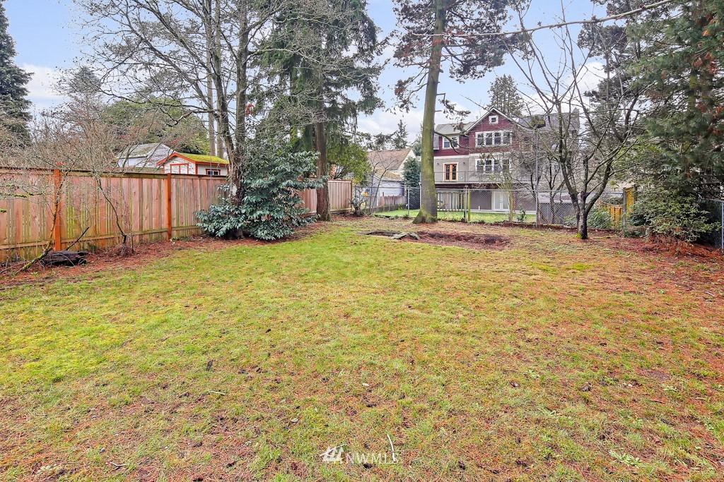 Sold Property | 835 NE 96th Street Seattle, WA 98115 22