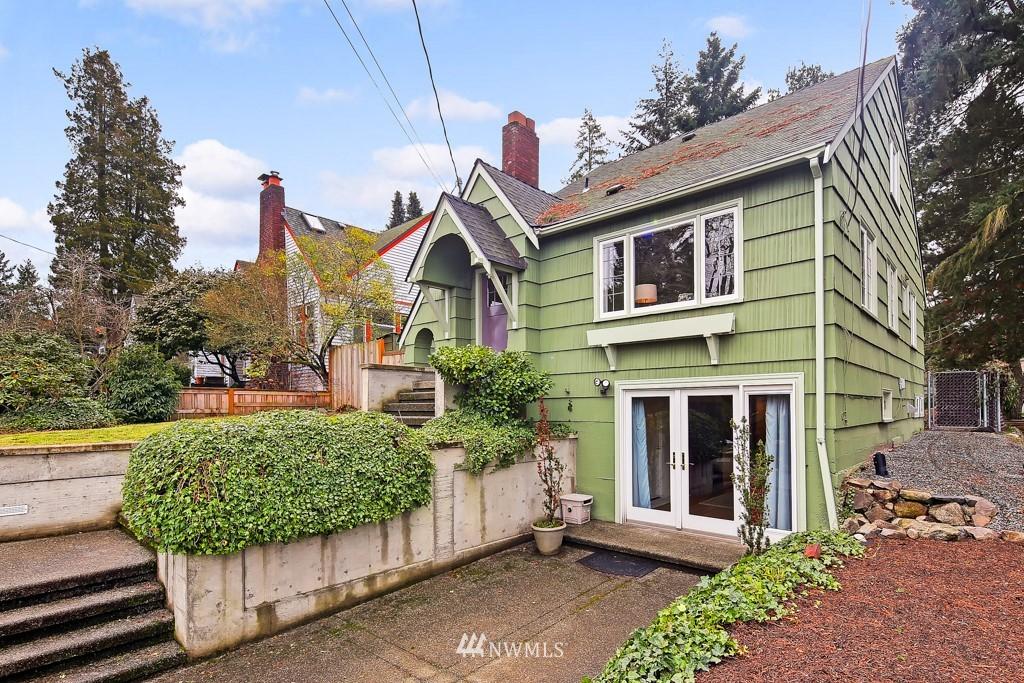 Sold Property | 835 NE 96th Street Seattle, WA 98115 24