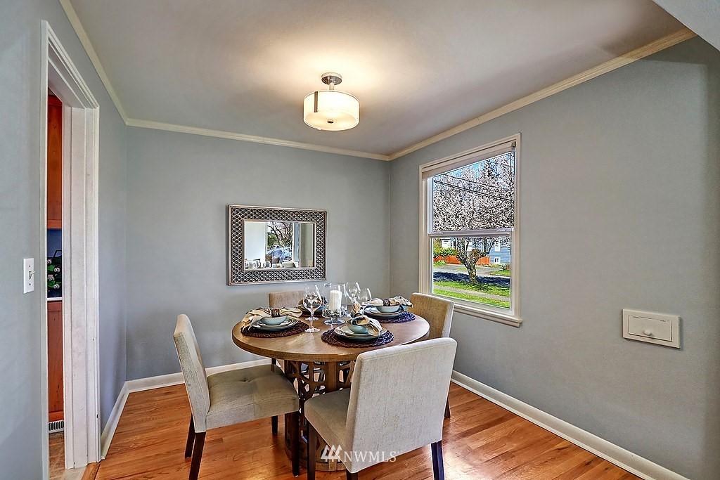 Sold Property | 6845 23rd Avenue NE Seattle, WA 98115 5