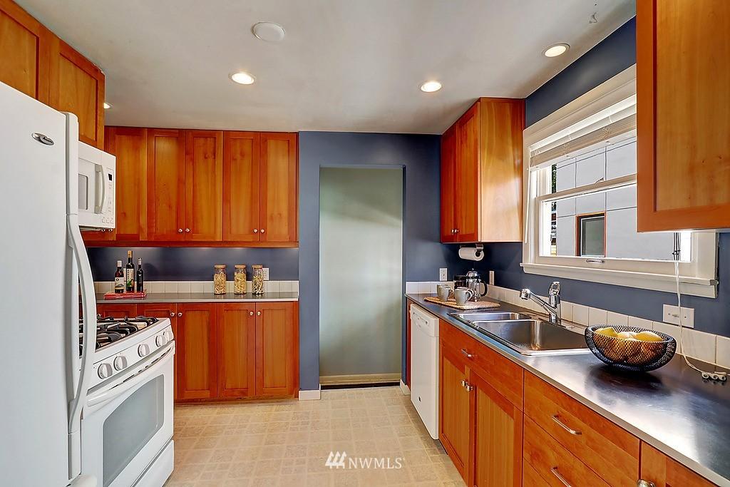 Sold Property | 6845 23rd Avenue NE Seattle, WA 98115 6