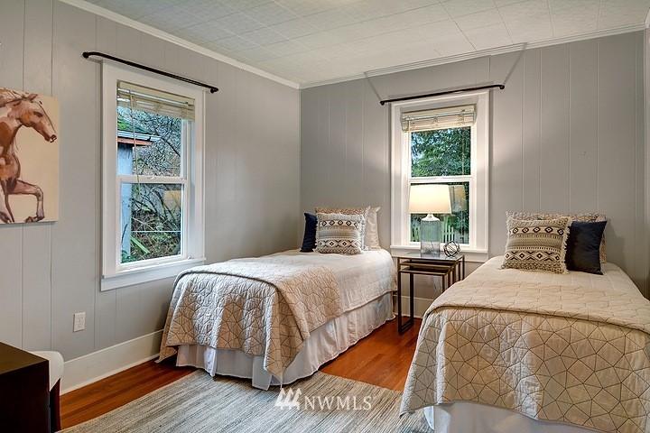 Sold Property   8508 15th Avenue NE Seattle, WA 98115 8