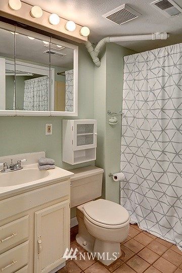 Sold Property   8508 15th Avenue NE Seattle, WA 98115 13
