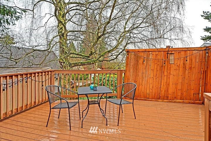 Sold Property   8508 15th Avenue NE Seattle, WA 98115 17