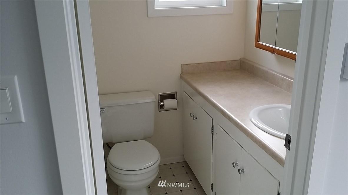 Sold Property | 4827 185 Place SW Lynnwood, WA 98037 15
