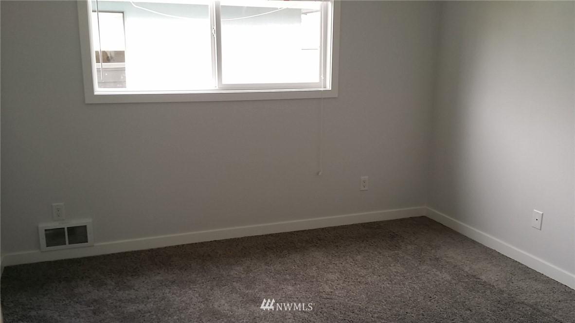 Sold Property | 4827 185 Place SW Lynnwood, WA 98037 18