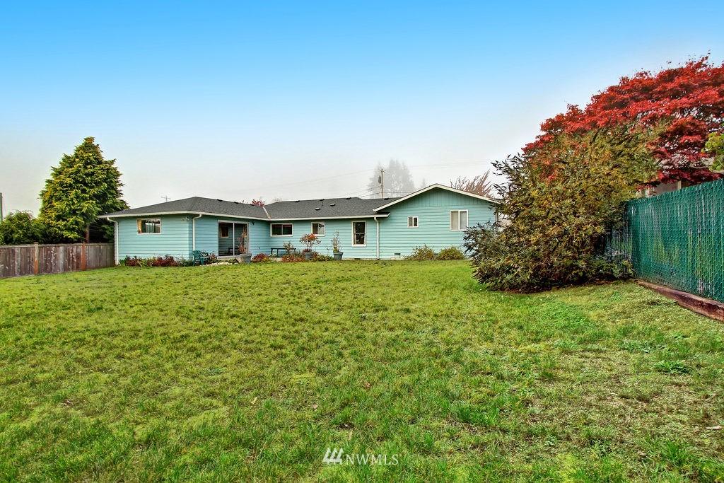 Sold Property | 2216 5th Street Everett, WA 98201 15