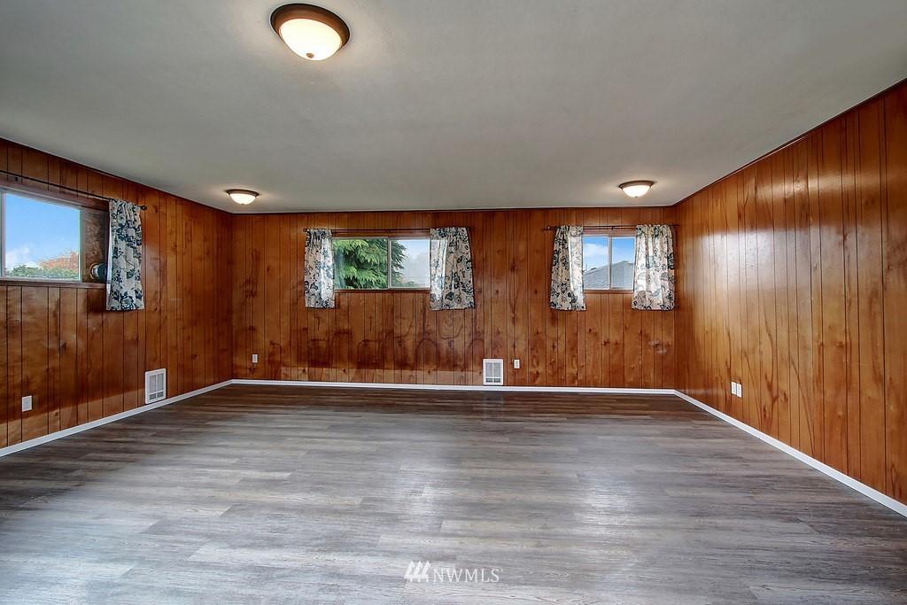 Sold Property | 2216 5th Street Everett, WA 98201 5