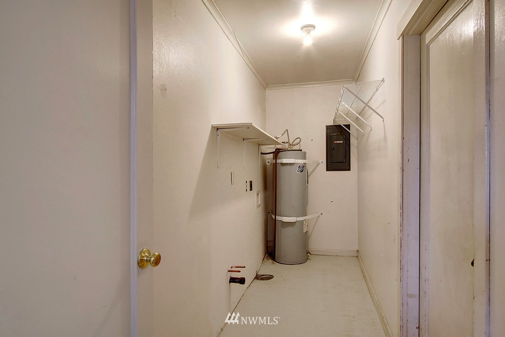 Sold Property | 2216 5th Street Everett, WA 98201 14