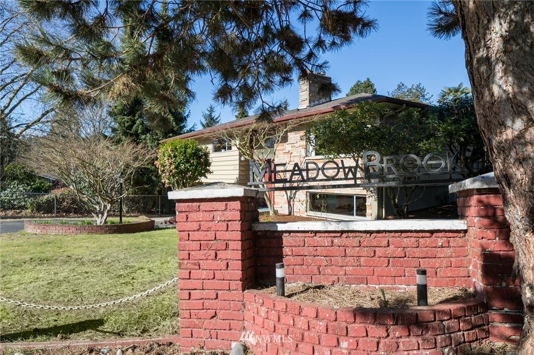 Sold Property | 10387 44th Avenue NE Seattle, WA 98125 2