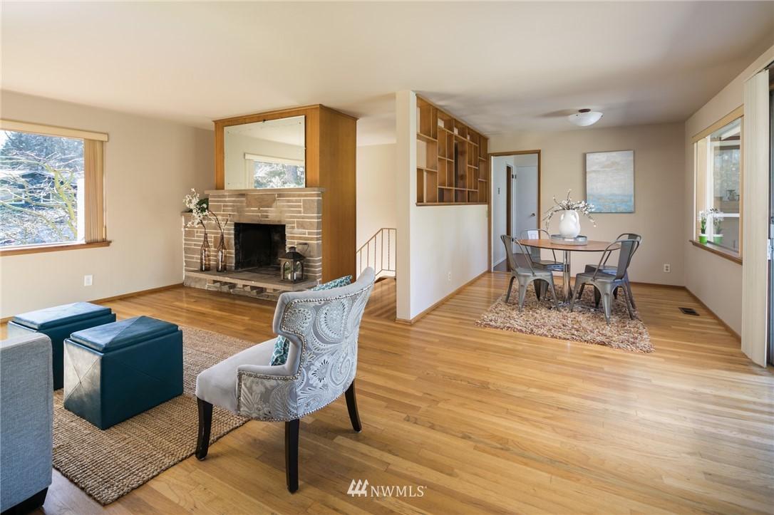 Sold Property | 10387 44th Avenue NE Seattle, WA 98125 5