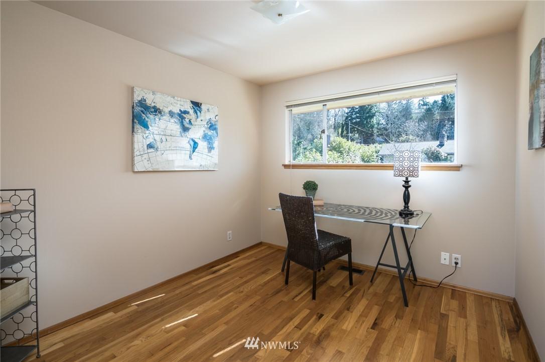 Sold Property | 10387 44th Avenue NE Seattle, WA 98125 12