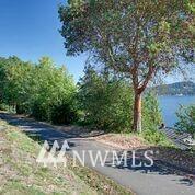 Sold Property | 10387 44th Avenue NE Seattle, WA 98125 18