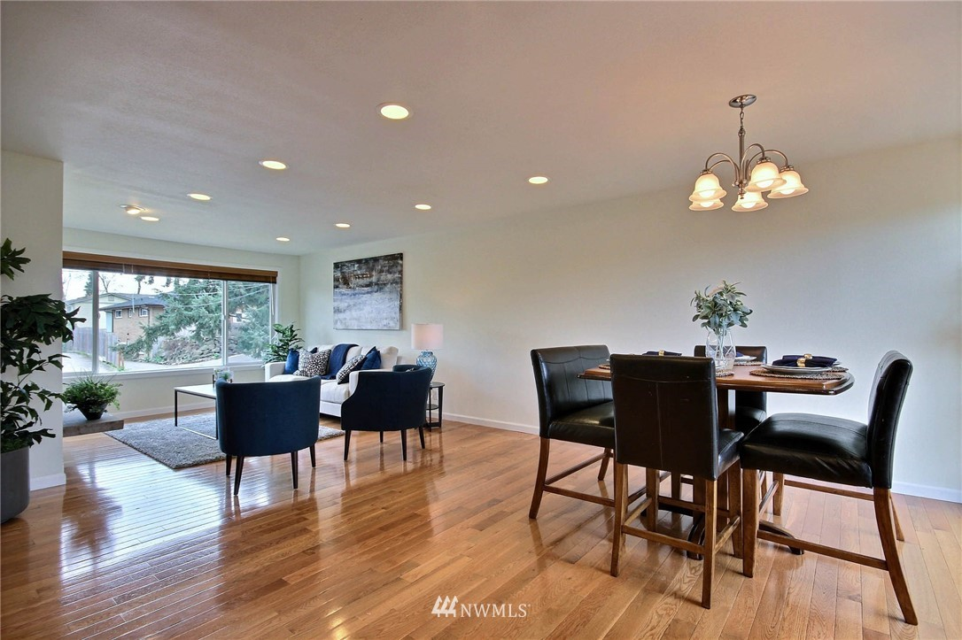 Sold Property | 6521 33rd Avenue S Seattle, WA 98118 3