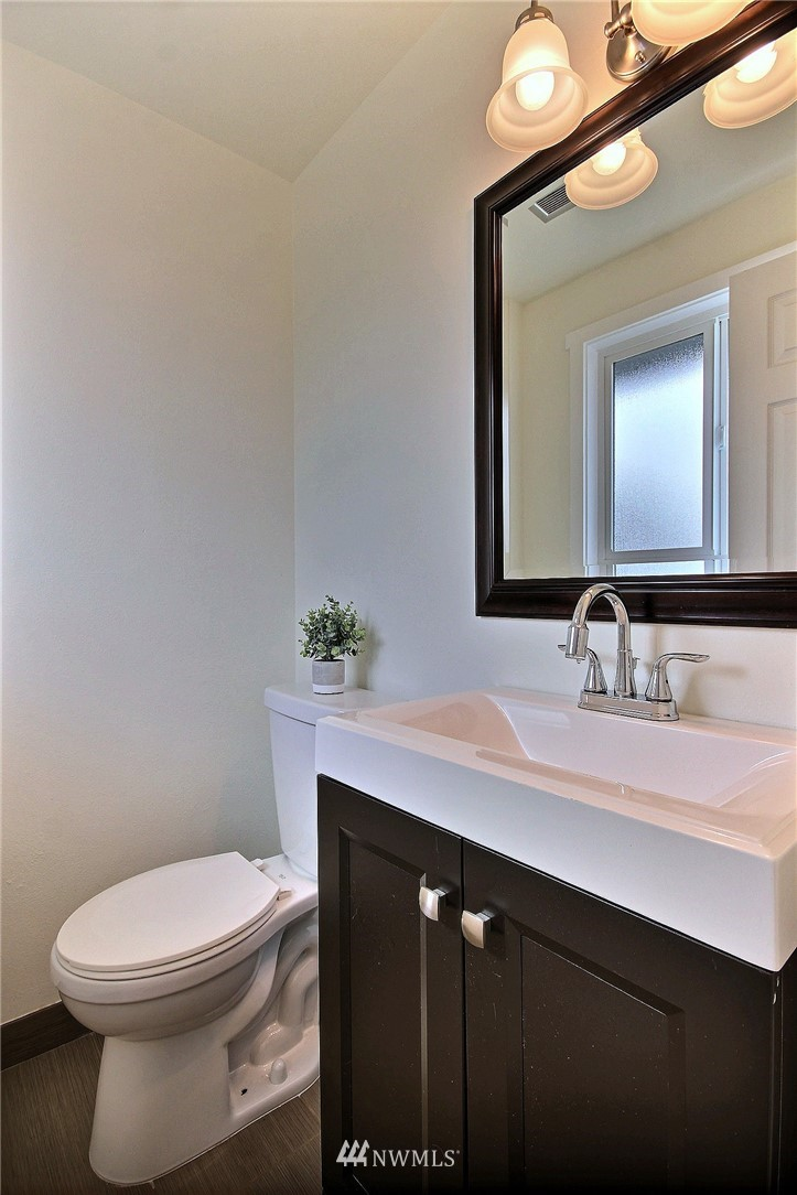 Sold Property | 6521 33rd Avenue S Seattle, WA 98118 7