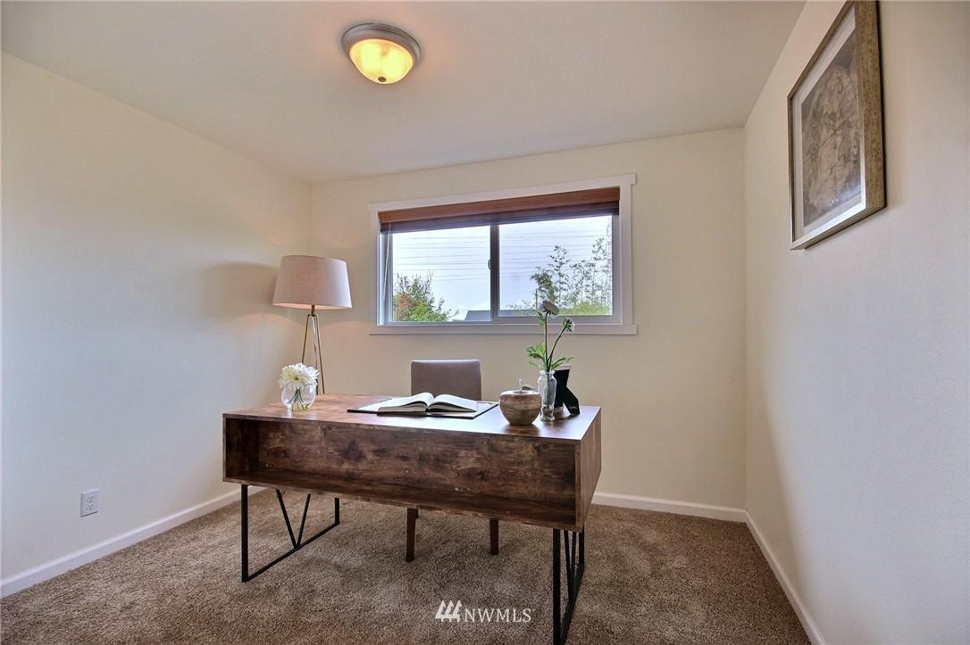 Sold Property | 6521 33rd Avenue S Seattle, WA 98118 9