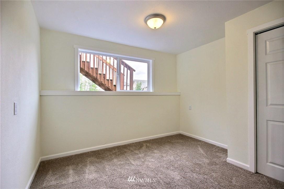 Sold Property | 6521 33rd Avenue S Seattle, WA 98118 13