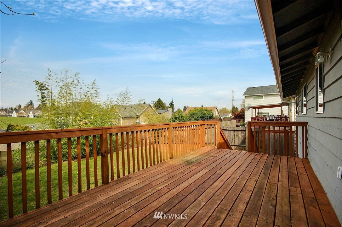 Sold Property | 6521 33rd Avenue S Seattle, WA 98118 16