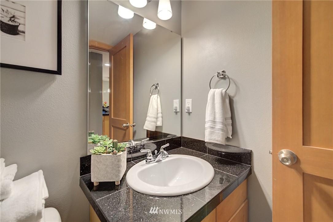 Sold Property   9243 Ashworth Avenue N #B Seattle, WA 98103 5