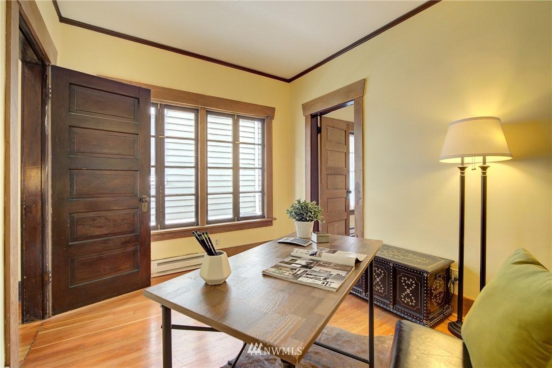 Sold Property | 1330 N Lucas Place Seattle, WA 98103 8