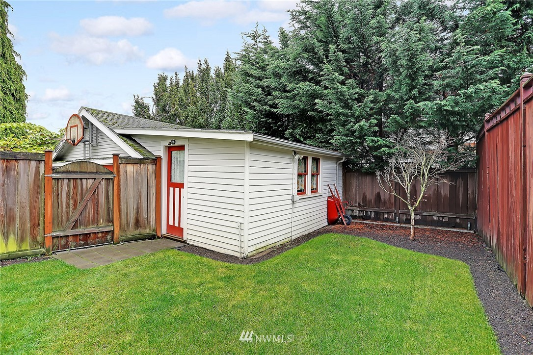 Sold Property   6753 5th Avenue NW Seattle, WA 98117 22
