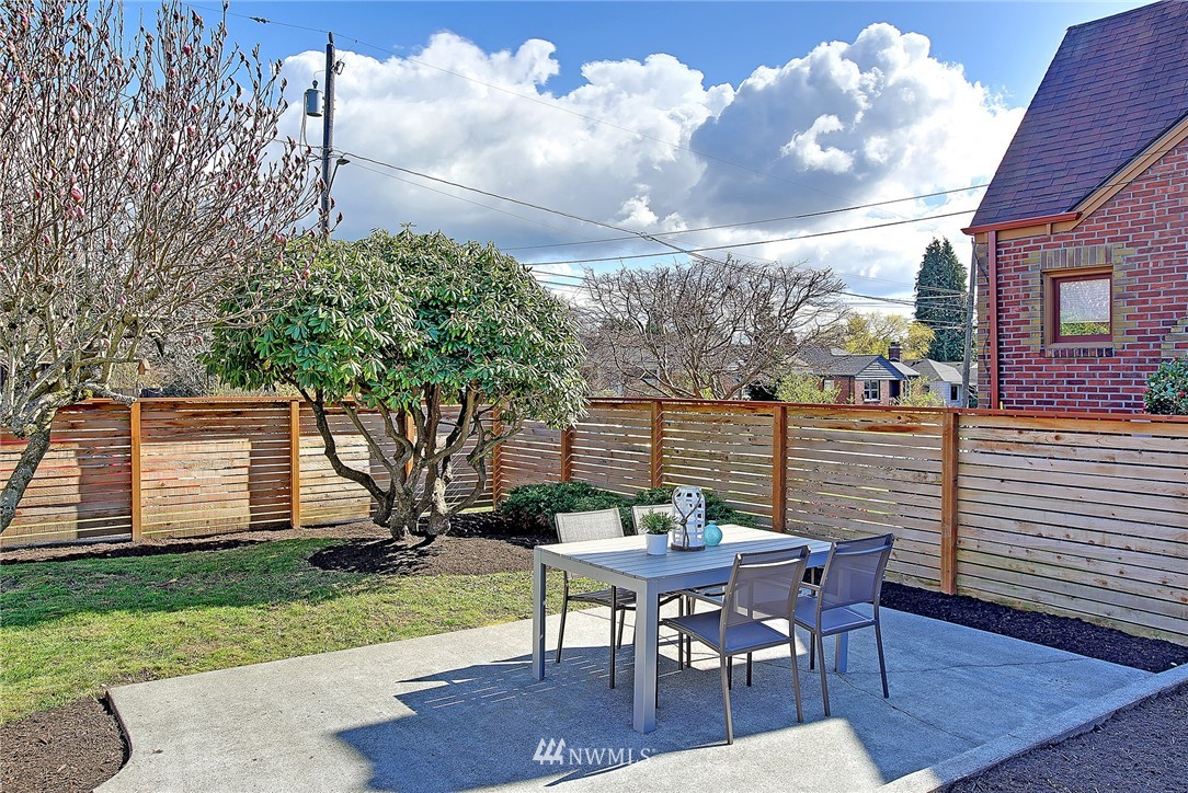 Sold Property   1303 NW 80th Street Seattle, WA 98117 15