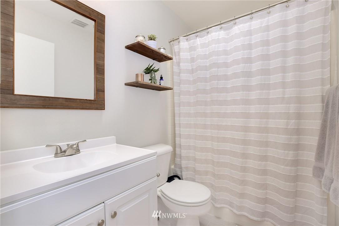 Sold Property | 4501 35th Avenue S Seattle, WA 98118 15