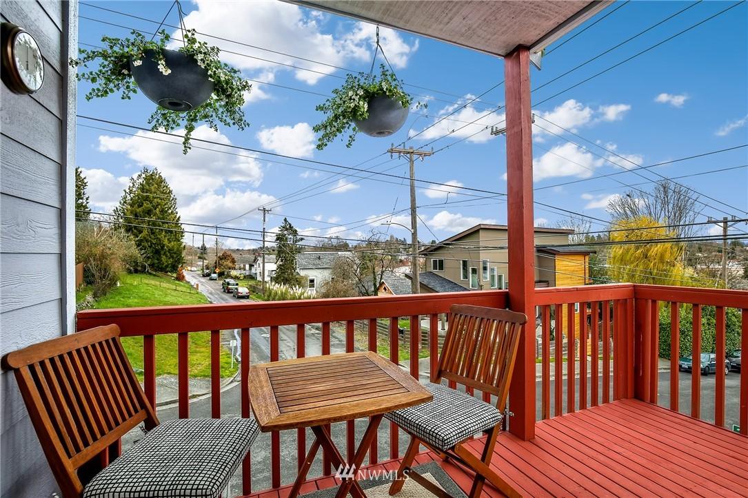 Sold Property | 4501 35th Avenue S Seattle, WA 98118 21