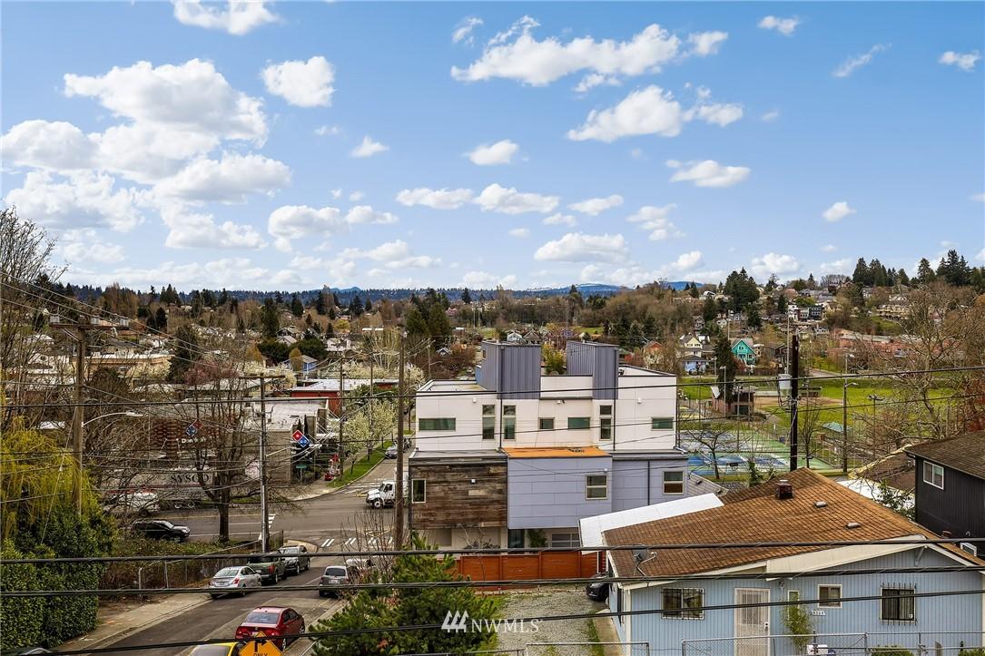 Sold Property | 4501 35th Avenue S Seattle, WA 98118 22
