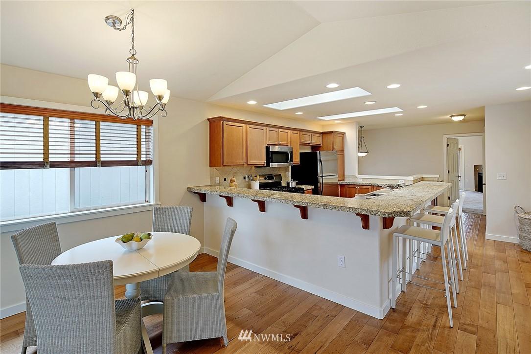 Sold Property   4136 21st Avenue SW Seattle, WA 98106 6