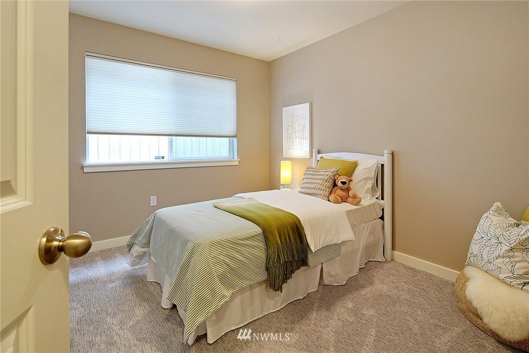 Sold Property   4136 21st Avenue SW Seattle, WA 98106 13