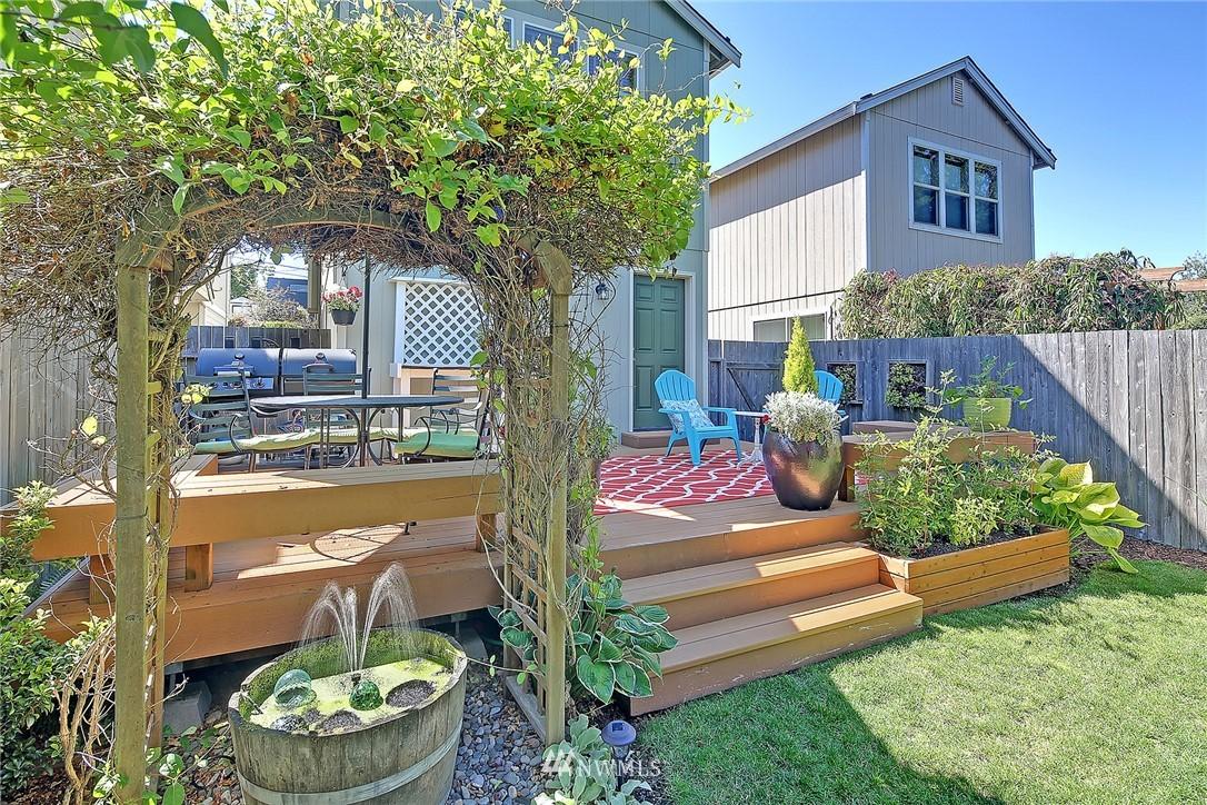 Sold Property   4136 21st Avenue SW Seattle, WA 98106 19