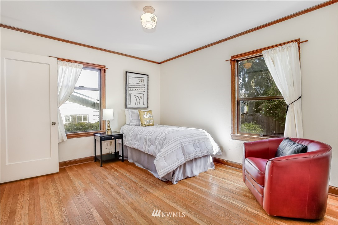 Sold Property | 637 NW 84th Street Seattle, WA 98117 8